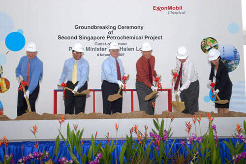 Executives and directors in attendance at the ground-breaking ceremony for the new ExxonMobil Petromchemical plant on Jurong Island, Singapore.