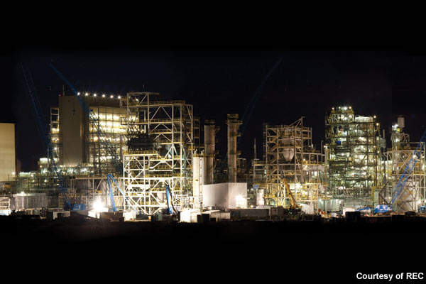 The Silicon III plant is capable of producing 6,500MT of granular polysilicon and 9,000MT of silicon gas.