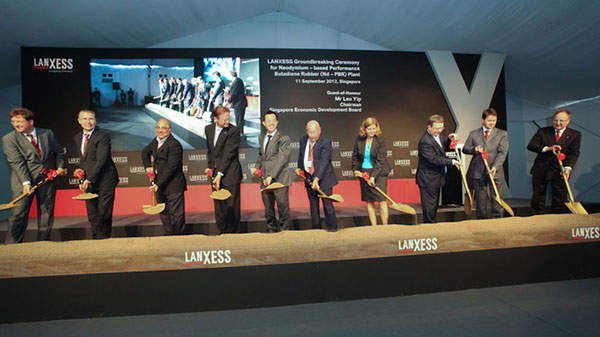 The groundbreaking ceremony for Lanxess' new neodymium polybutadiene rubber plant in Singapore was held in September 2012.