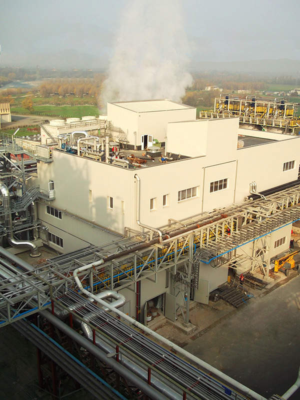 The commercial succinic acid plant located at Cassano Spinola in Italy was launched in December 2012. Image courtesy of Reverdia.