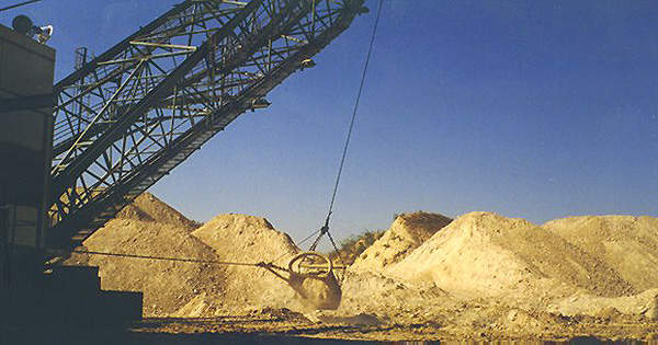 Feedstock for the fertiliser complex is sourced from OCP's resource base of phosphate rock in Morocco.