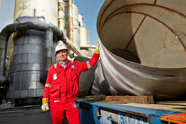 Per Knudsen, the manager of the Porsgrunn Complex, at the nitric acid factory. Image courtesy of Herøya Industripark.