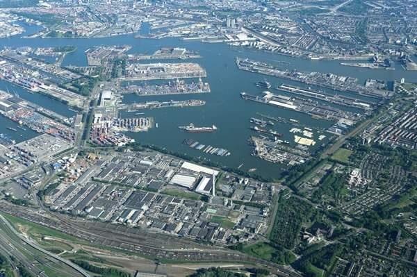 Abengoa's Europoort facility is strategically located at the Port of Rotterdam, enabling easy access to whole grains and distribution of bioethanol to various markets. Image courtesy of the Port of Rotterdam.