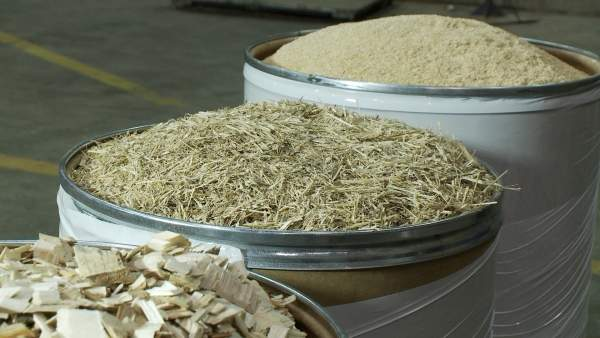 The new facility will convert biomass into renewable gasoline, diesel and jet fuel. Image courtesy of Honeywell UOP.