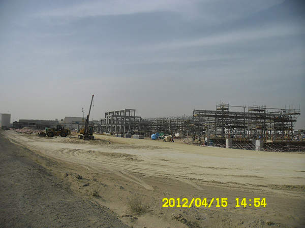 The pipe racks and process area under construction at the SOCC Al Jubail co-catalysts plant. Image courtesy of Albemarle.