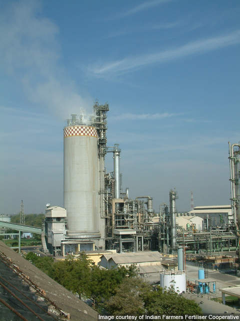 Between 2005 and 2006, IFFCO launched an energy saving project aimed at reducing energy consumption by the plant.